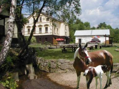 Penzion a ranč U potoka