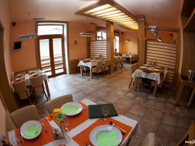 Restaurace Cukrovar
