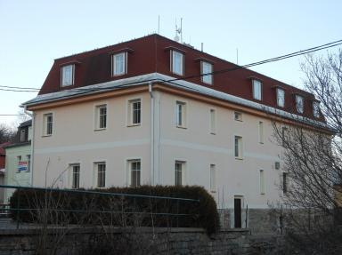 Hotel u Lázní