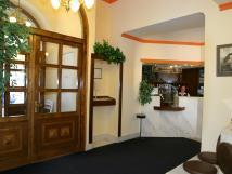 hotelov-recepce