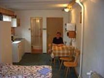 4-lkov-pokoj-s-vchodem-na-zahradu