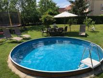 bazn-s-trampolinou