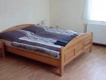 dvoulkov-pokoj-s-manelskou-postel