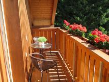 balkonov-posezen-pokoje-v-pate