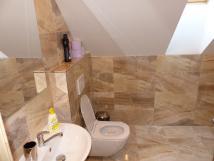 pokoj3-patro-koupelna