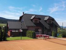 Apartmány u tenisového kurtu