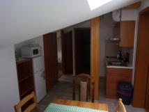 apartmn-1a-kuchyn-s-jdelnou