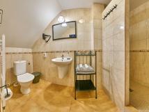 pokoj-5-koupelna
