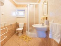 koupelna-k-pokoji-9-v-chat-smrkov