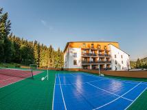 tenis-v-centrlnm-hotelu-kamzk