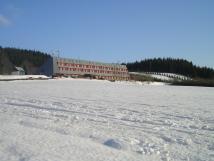 budova-v-zim