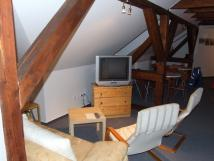 st-spoleensk-mstnosti-v-podkrov-velk-apartmn