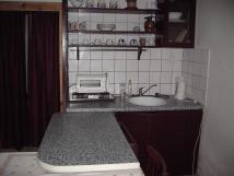 kuchyka-v-apartmnu