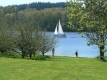 vhled-na-jezero-a-zahradu-s-koupnm