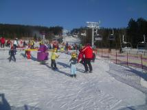 deti-se-zde-nauci-rychle-lyzovat