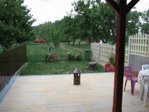 terasa-se-zahradou