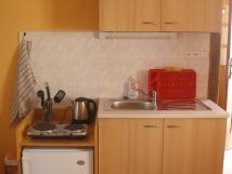 kuchysk-linka-ve-4-lkovm-apartmnu