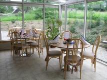 posezen-v-zimn-zahrad-hotelov-restaurace