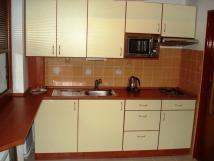 kuchyn-apartmnu-2