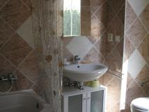 mal-apartmn-koupelna-s-vanou