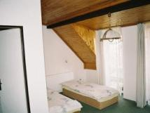 podkrovn-pokoj