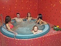 wellness-moravan-whirlpool