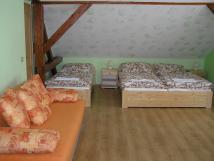 apartmn-v-podkrov