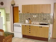 kuchyn-a-obvac-pokoj