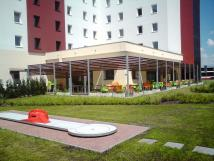 ibis-hotel-plze-minigolf