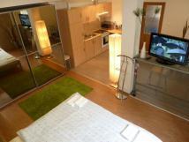 apartm-av3