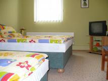 tlkov-pokoj-manelsk-postel-vlenda
