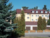 hotel-z-jin-strany