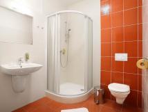 koupelna-ve-dvoulkovm-pokoji