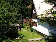 prhled-na-zahradu-pod-chatou