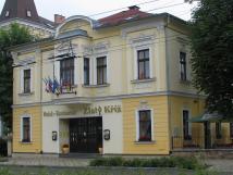 Hotel a restaurace Zlatý Kříž