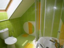 kiwi-pokoj-koupelna
