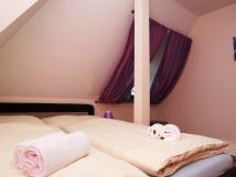 lonice-ve-fialovm-apartmnu