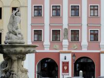 hotel-la-fresca-romantika-s-vn-slavn-minulosti