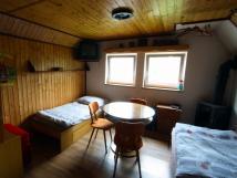 apartmn-3-obvac-pokoj-s-krbovmi-kamny