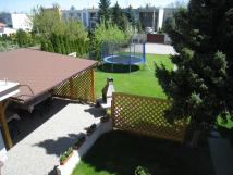 pohled-z-balkonu-zimn-zahrady