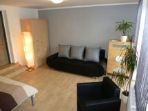 apartm-av2