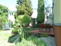 ubytovn-sungarden-zahrada-s-terasou