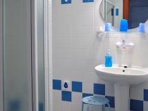 bledmodr-koupelna