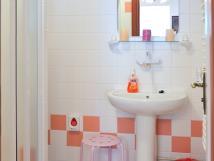 starorov-apartmn-koupelna