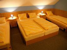 manelsk-postel-apartmn-1