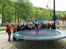 bozeov-bungee-trampolna-je-vhodn-pro-dti-od-5-ti-let