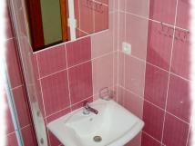 pokoj-8-koupelna-socialka-2