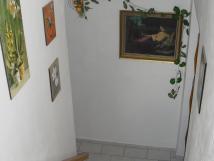 ubytovn-se-nachz-v-prvnm-pate-rodinnho-domu