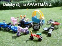 venku-vozov-park-a-uvnit-apartmnu-herna