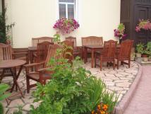 terasa-se-zahradnm-devnm-nbytkem